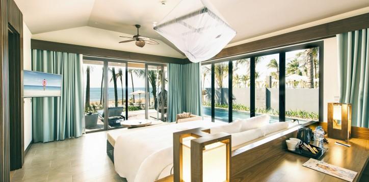 7-roomsandsuitessection-onebedroombeachfrontvillawithprivatepool-2