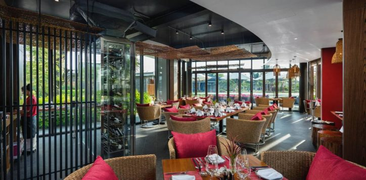 phu-quoc-seafood-restaurant-2-2